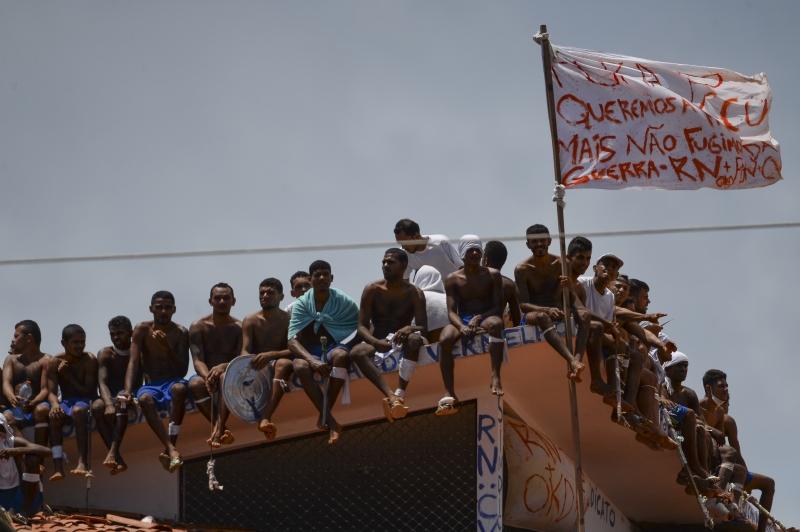 Política de Drogas e Racismo: Legislação brasileira contribui para o genocídio e encarceramento das populações negras