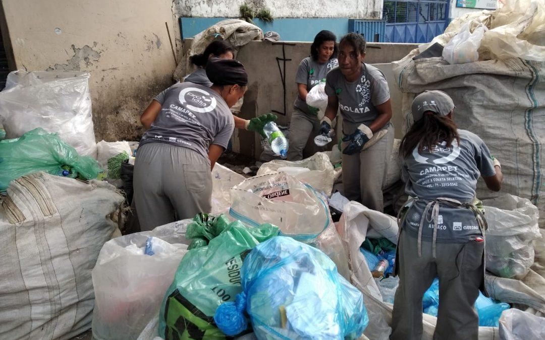 Campanha de Financiamento Coletivo Pretende Ajudar Catadoras(es) de Salvador