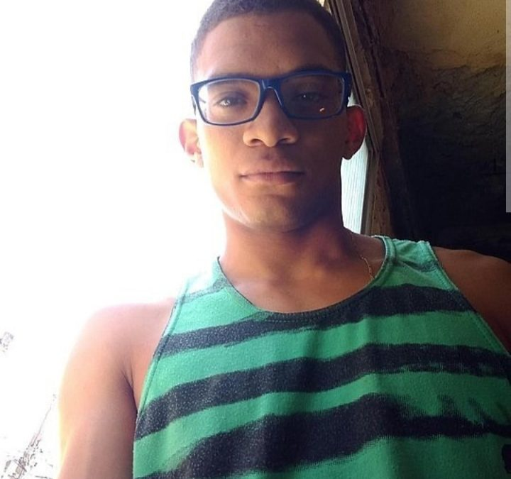 Pandemia, reclusão social, e o adeus revoltado e silencioso do Nordeste de Amaralina a Marcos Vinicius