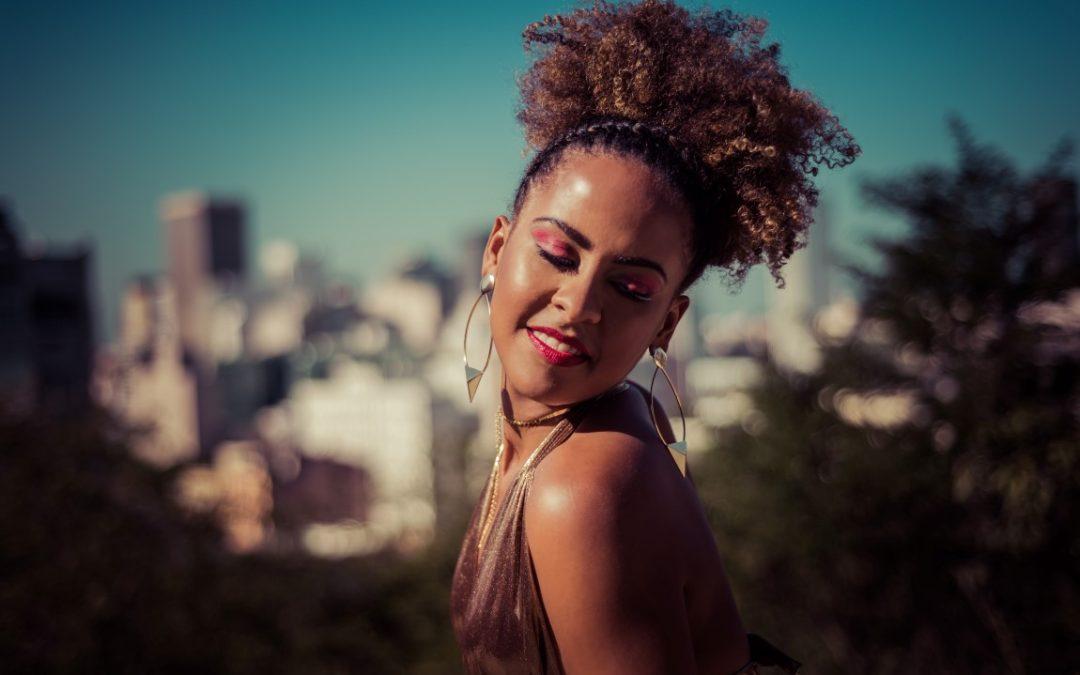 Taslim canta mulheres negras compositoras em live no próximo sábado