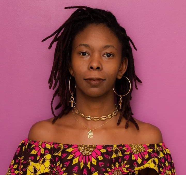 """""""Mulherismo Africana"""", livro da autora Clenora Hudson, é lançado em português pela Editora Ananse"""