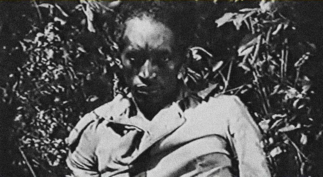 A Morte Branca do Feiticeiro Negro (2020): uma vida ceifada pela escravidão e ressuscitada pelo cinema