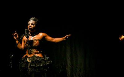 Espetáculo solo Medeia Negra, com Márcia Limma, é exibido no Enxurrada Casa Preta III