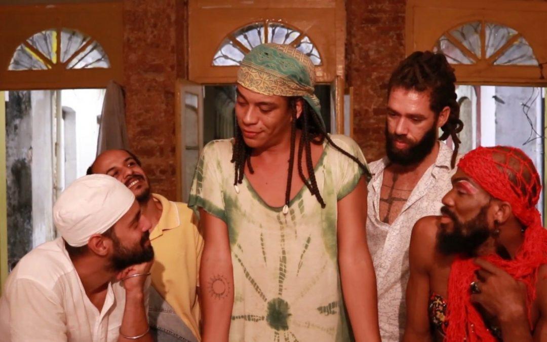 Coletivo cênico da Bahia exibe série de espetáculos virtuais sobre vulnerabilidades de corpos LGBTQIA+