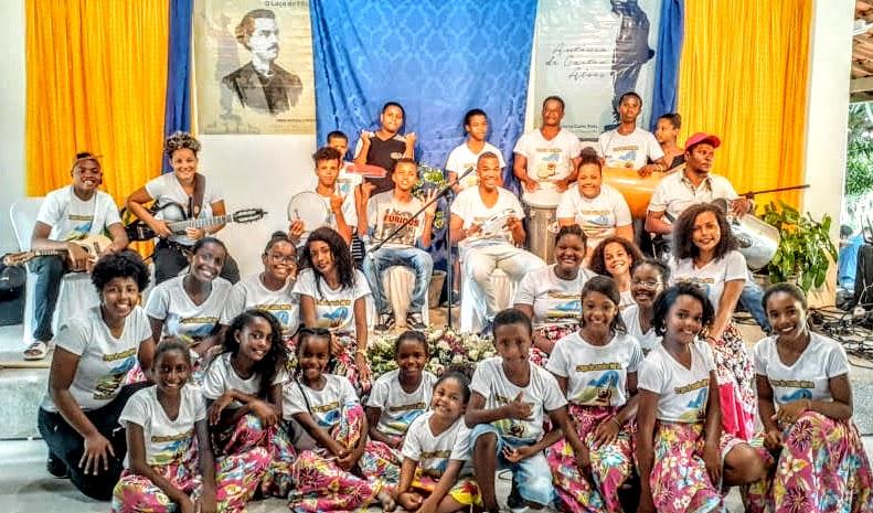 """""""Agora os netos vão sambar!"""" lança clipe e documentário sobre samba de Cabaceiras do Paraguaçu, no Recôncavo Baiano"""