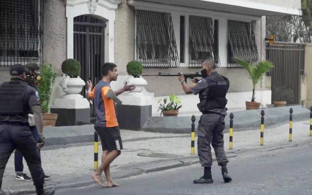 Movimentos sociais fazem ato público e lançam documentos contra o regime de urgência de alteração na Lei de Segurança Nacional