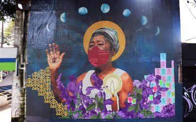 Projeto Pisando em Espinhos e Colhendo Rosas produz murais artísticos nas periferias de São Paulo