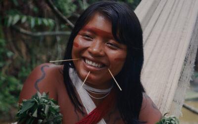 Itaú Cultural Play faz nova exibição gratuita do filme sobre o povo Yanomami A Última Floresta